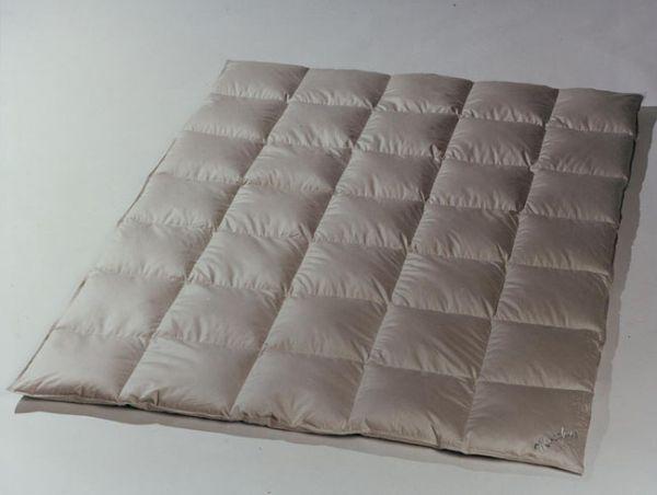 Häussling Moschus Royal Kassettenbett warm